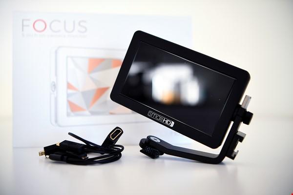 "Small HD Focus 5"" HDMI monitor"