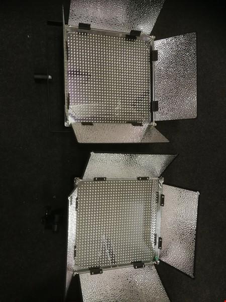 2 st LED paneler