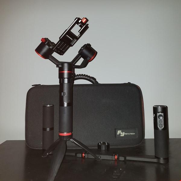 FeiyuTech A1000 Gimbal + Dual Handle Kit