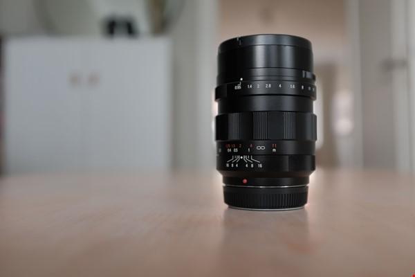 Voigtländer Nokton 17,5mm f/0,95 (för Micro 4/3)