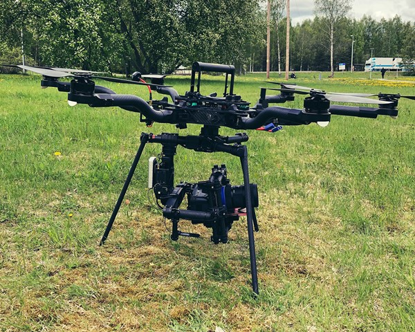 Ready-to-fly drönare med Pocket 4K kamera