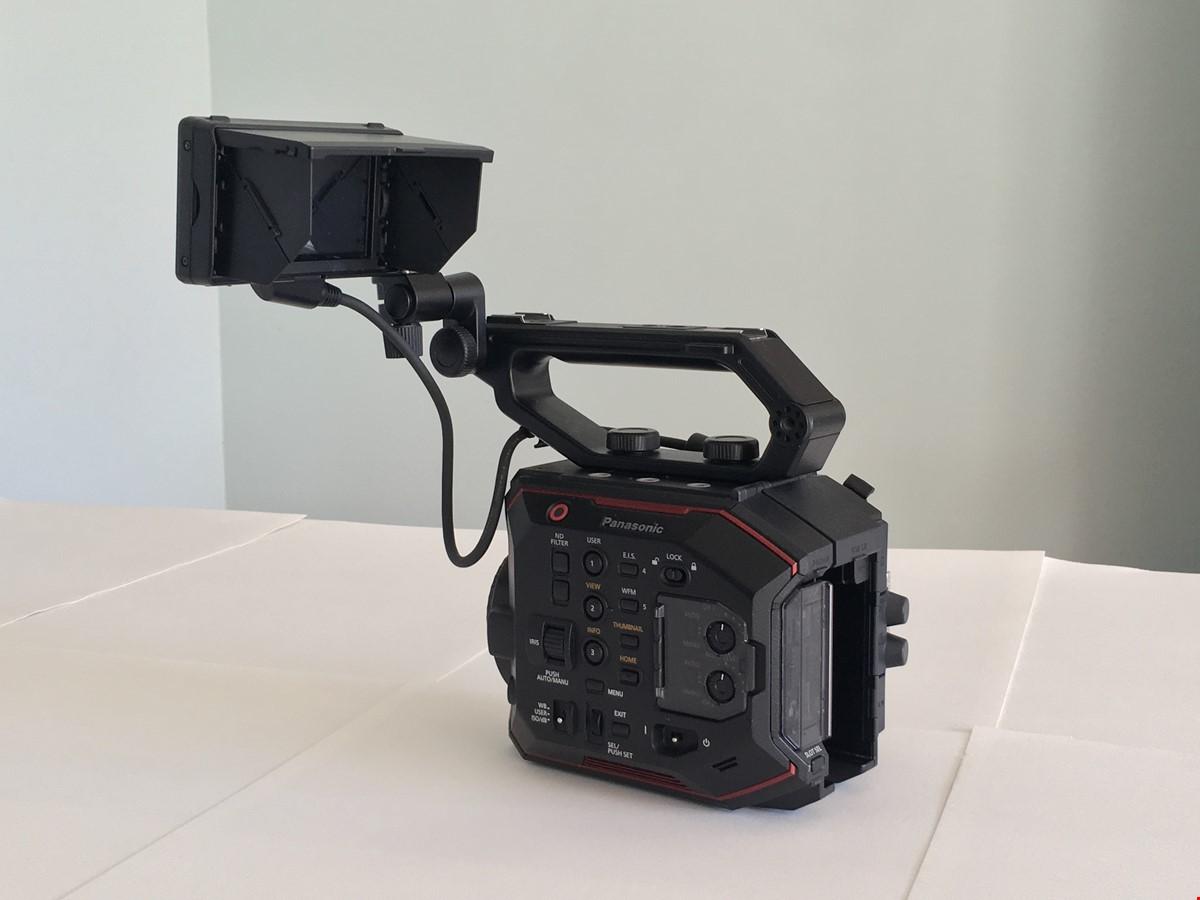 Panasonic AU-EVA1, (endast använd 9 timmar)