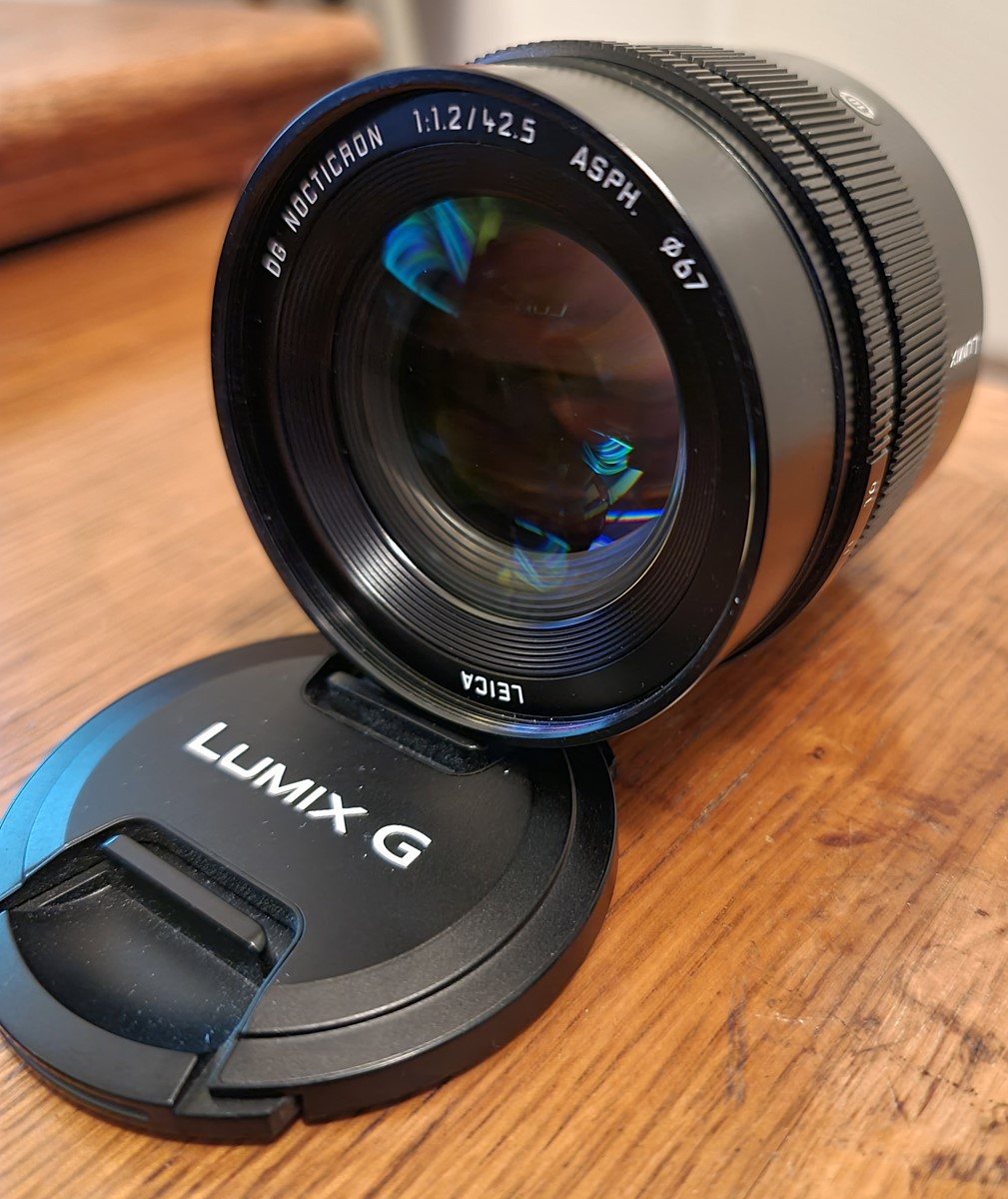 Leica DG Nocticron 42,5mm f/1,2 ASPH Power O.I.S