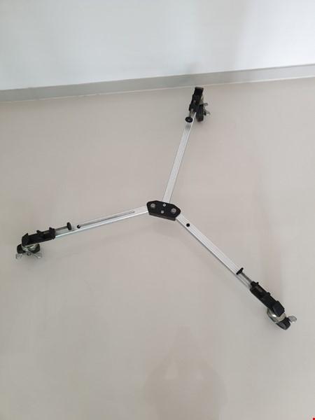 Kameravagn för stativ - Hitachi VK-CD70