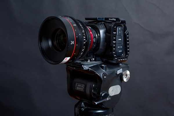 Blackmagic Design Pocket Cinema Camera 4K inkl Speed Booster