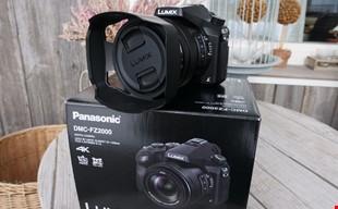 Panasonic Fz2000