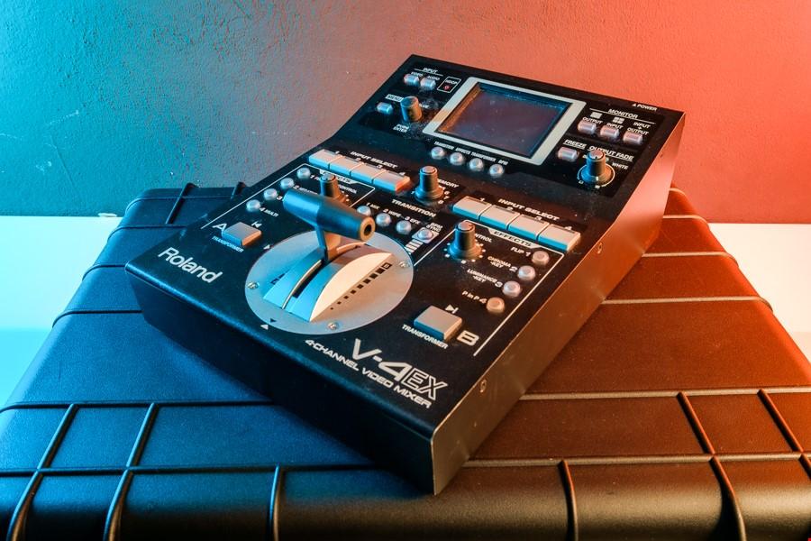 Roland V-4EX Bildmixer
