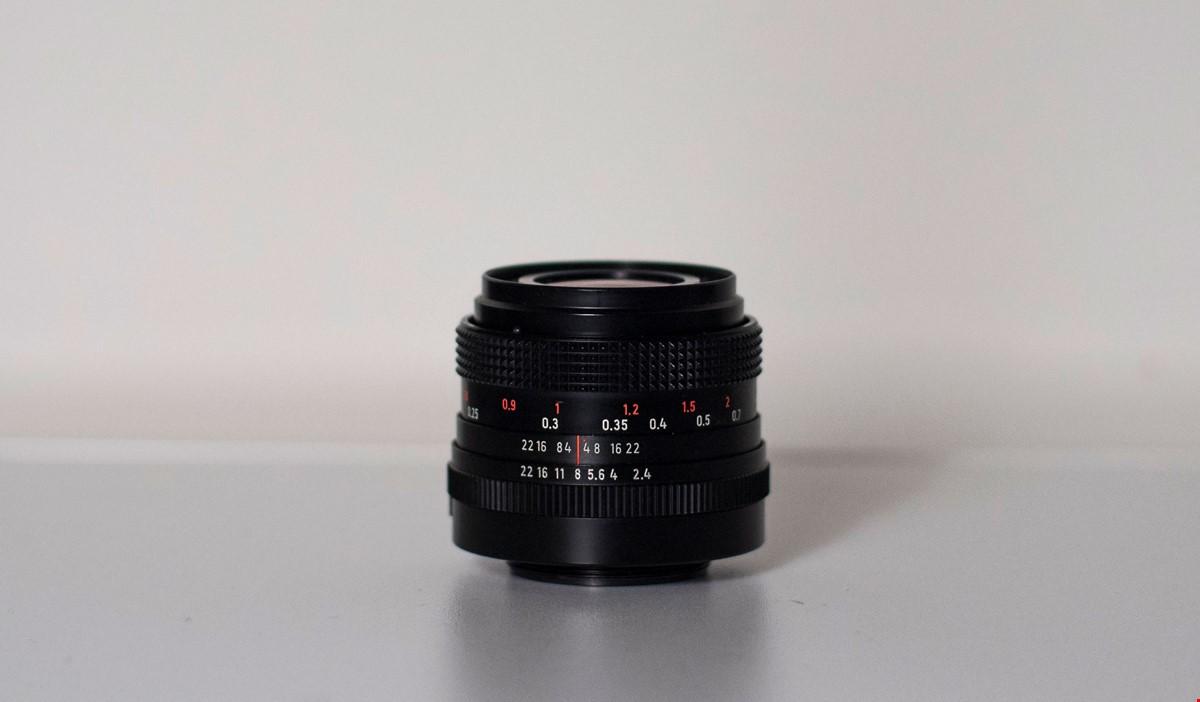 Carl Zeiss Flektogon 35mm f2.4 MC