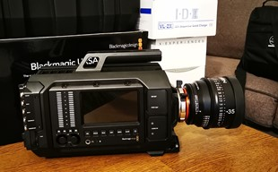 Blackmagic URSA 4k PL med Xeen 35mm, T1.5  och V-mount batterier...