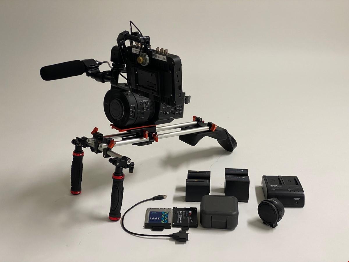Sony NEX FS700EK + Odyssey 7Q Recorder & Metabones adapter