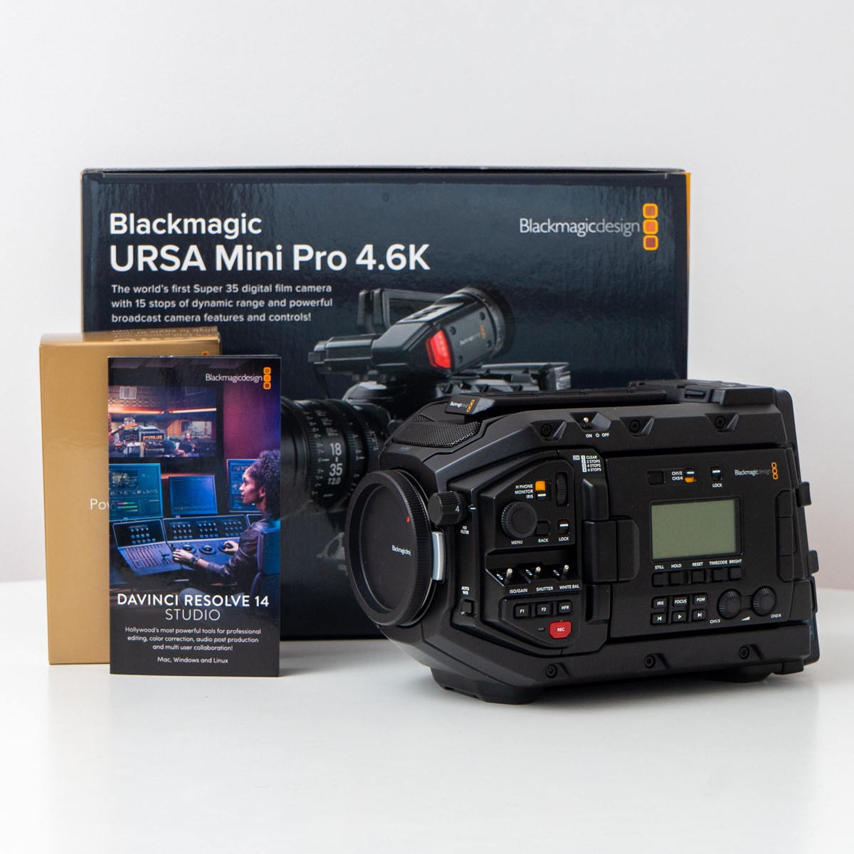 Blackmagic Design URSA Mini Pro 4.6K (EF-Mount)